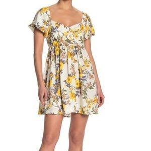 Dresses & Skirts - Maz and ash floral yellow dress